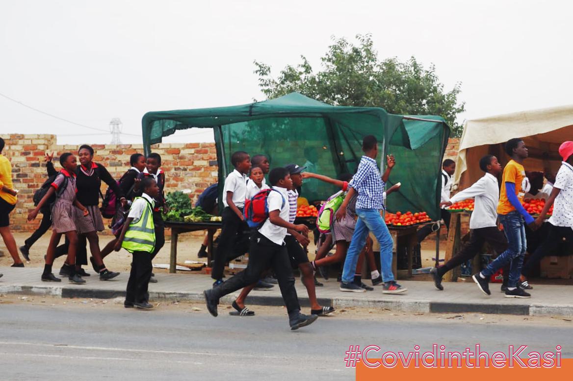 Diepsloot kids on their way to school
